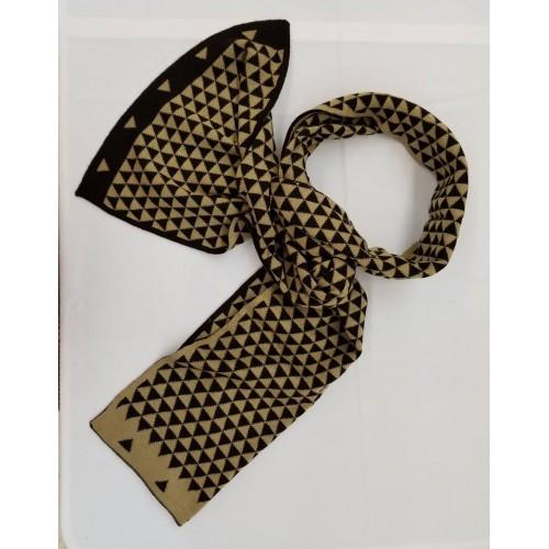 Wool Scarf - small triangle pattern